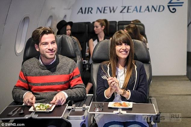 Ресторан, где единственная пища в меню это еда из самолетов.