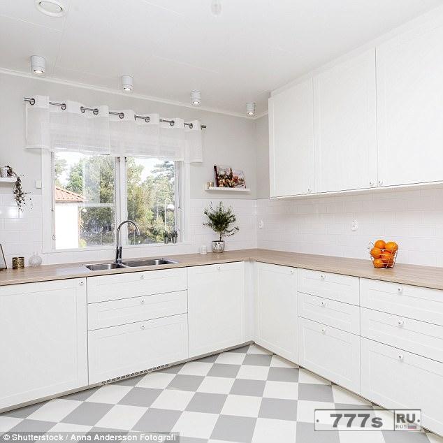 Эксперты говорят, никогда не делайте полностью белую кухню.