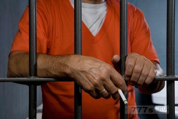 Запрет на курение в британских тюрьмах может привести к месяцам или даже годам беспорядков.