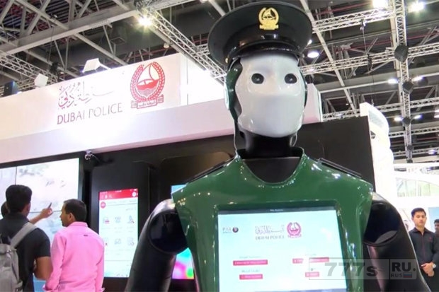 Робокоп реален, ИИ сотрудники полиции начинают патрулирование улиц вместо человеческих полицейских.