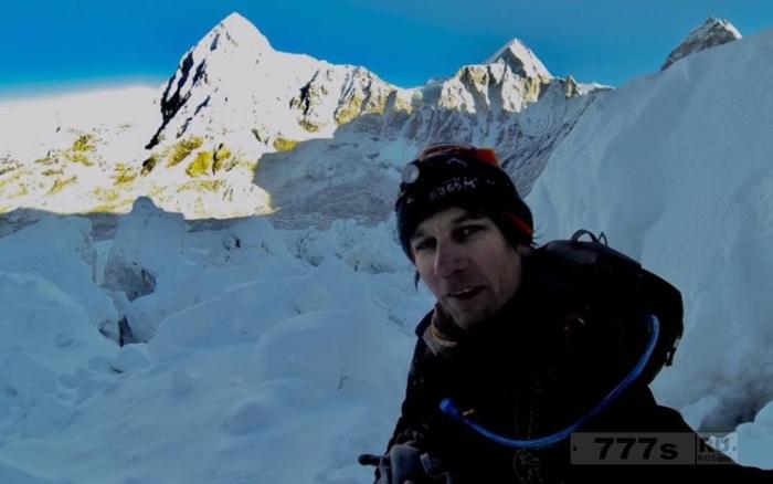 Альпинист штурмующий Эверест нашел убежище в пещере, чтобы избежать уплаты 8 500 фунтов стерлингов.