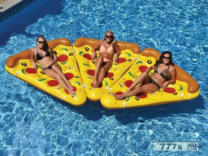 Магазин Primark продает версию пиццы Lilo по 10 фунтов стерлингов, от которой все сходят с ума.