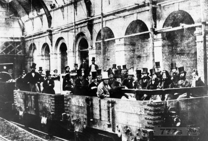 Винтажные фотографии лондонского метрополитена показывают, как выглядел лондонский «Тьюб», когда в столице было всего несколько миллионов жителей.