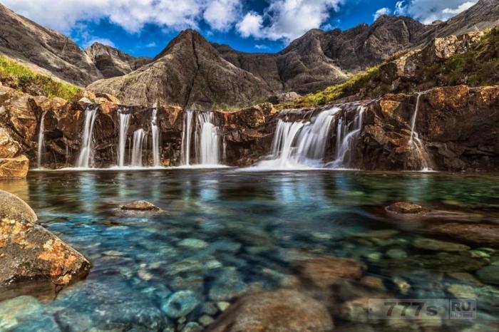 Издательство Lonely Planet раскрыла свои 50 лучших природных чудес света, и они взорвут ваш разум.