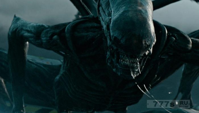 Роботизированные инопланетяне находятся в спячке и готовятся к возвращению в нашу вселенную.