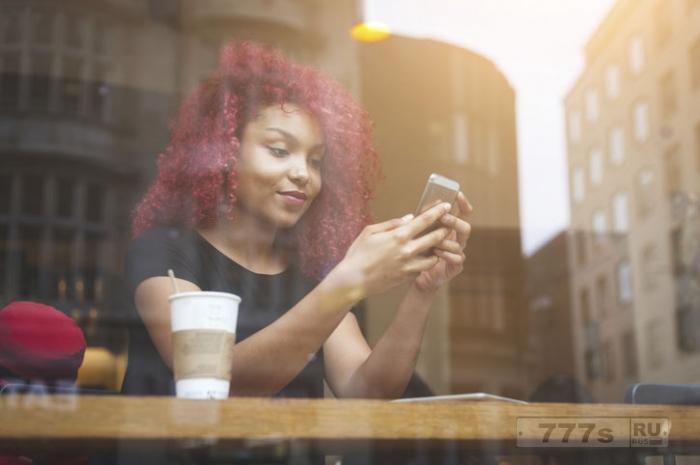 Вам попадались аферисты на сайтах знакомств? Ученые нашли способ, как определить подставу.