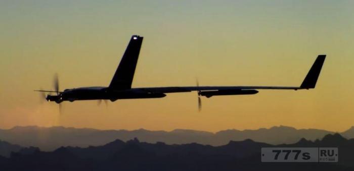 Facebook тестирует беспилотник Акила разработанный, чтобы донести Интернет для каждого человека на Земле.