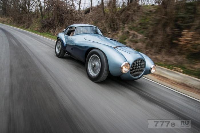 Уникальный Ferrari 1950-х годов, известный как «Яйцо», будет продаваться впервые за 30 лет.