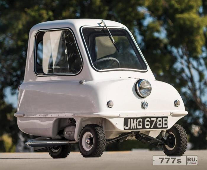Peel P50 - «самый маленький автомобиль в мире» - продается за 90 000 фунтов стерлингов, несмотря на то, что в 1960-х годах она стоила всего 199 фунтов стерлингов.