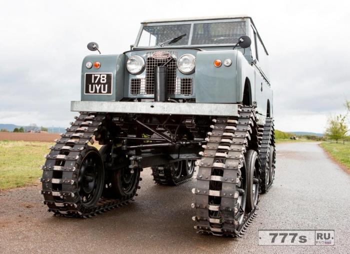 Является ли этот Land Rover с шестнадцатью колесами действительно все проходимым.