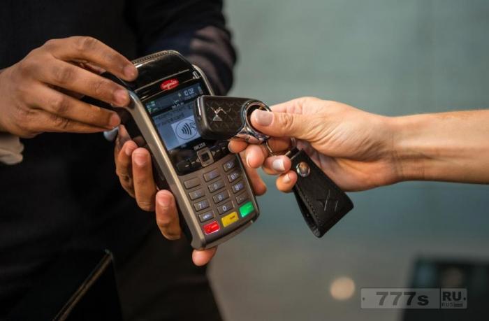 Автомобильные ключи скоро могут быть использованы для оплаты за покупки благодаря технологии бесконтактных платежей.