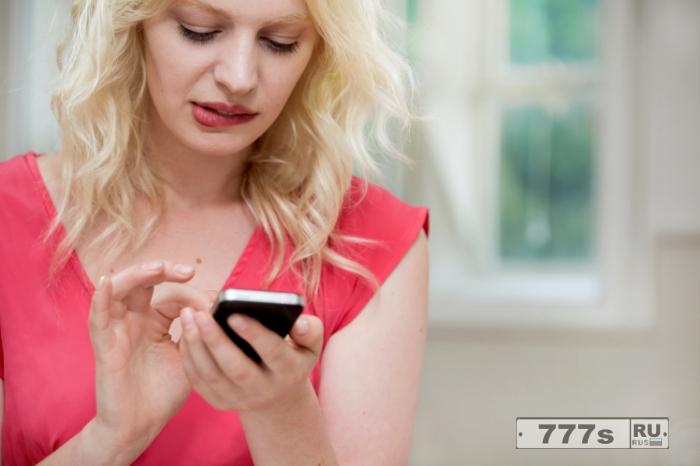 Использование вашего смартфона «на самом деле делает вас глупее», предупреждает нейробиолог.