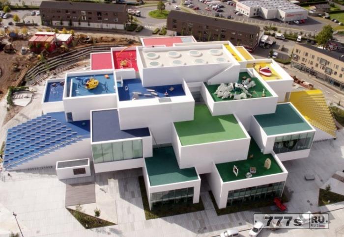 В Дании открылся большой новый дом Lego