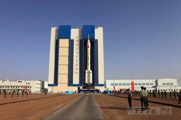 Неуправляемая космическая станция весом 8,5 тонн должна упасть на Землю.