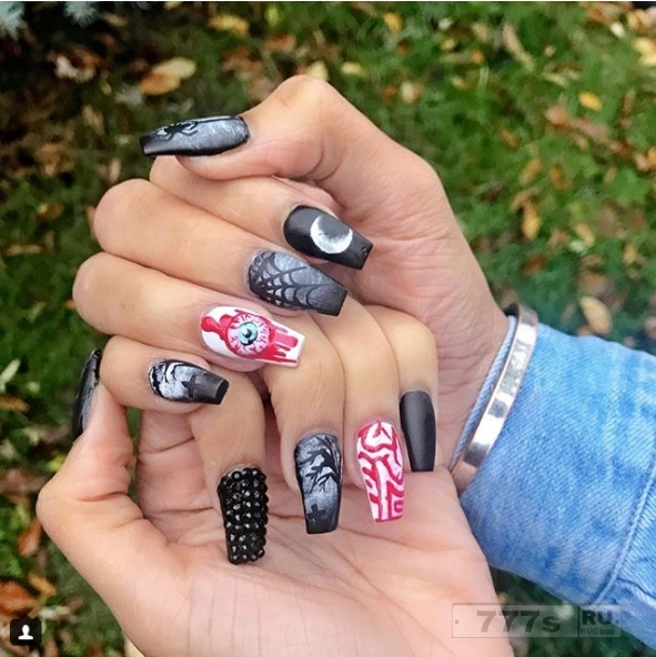 Дизайн ногтей для настоящего фанатика Хэллоуина.