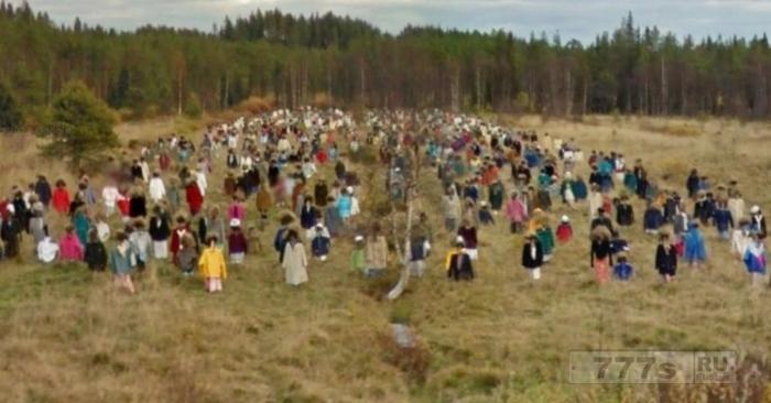 Эта армия чучел в Финляндии выглядит странно на Google Картах.