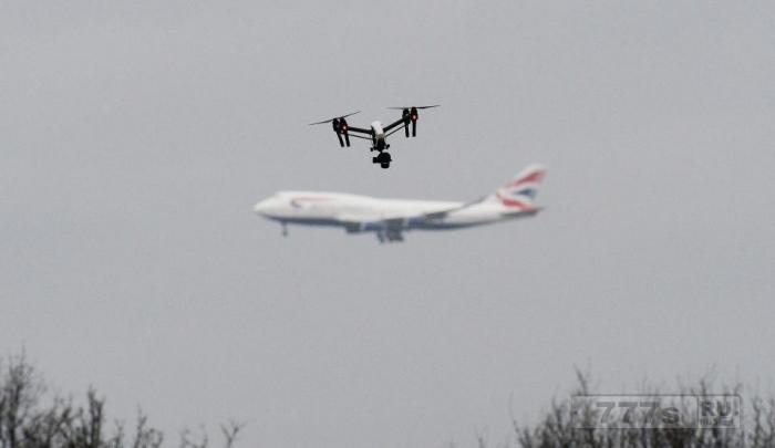 Все больше британских дронов летают опасно близко к самолетам.