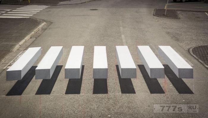 Исландский город создает 3D зебры на переходах, но все ли это?