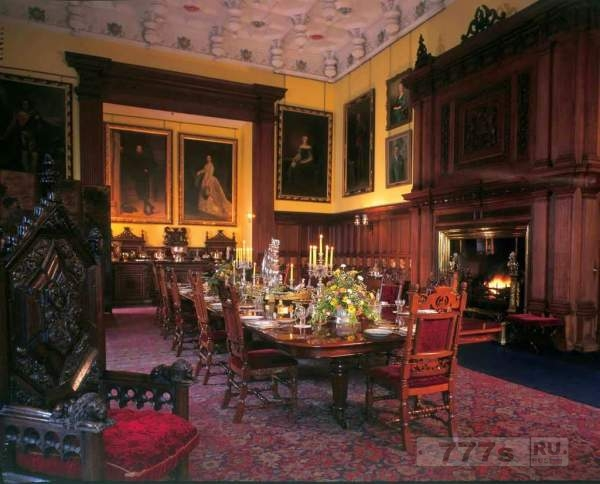 Жуткое здание замка в Щотландии