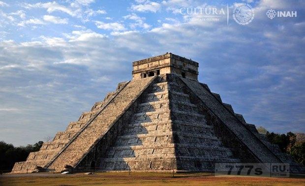 Тайный проход, обнаружен под 1000-летним храмом майя.