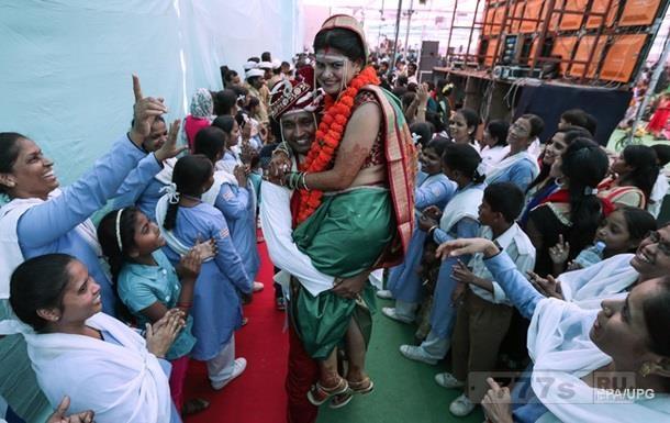 Необычная свадьба в Индии