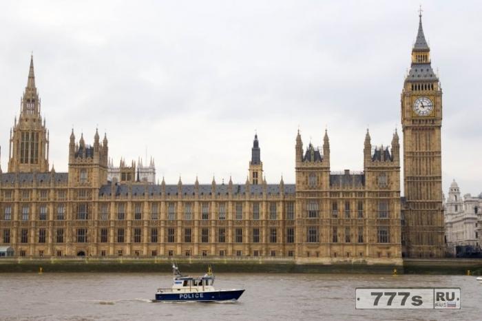 Женщина была изнасилована в баре палаты общин в Парламенте.
