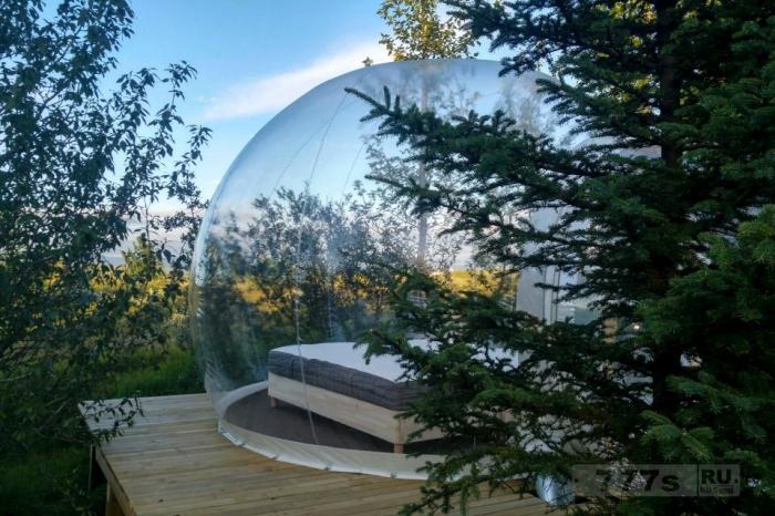 Эти гостиничные номера в Исландии в виде пузырей означают, что гости могут наблюдать за северным сиянием со своей кровати.