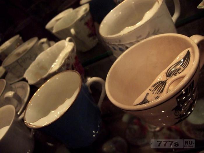 Чашки, в которые клали усы