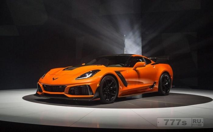 Шевроле Corvette ZR1 - возвращается - и это самый быстрый и з всех Шеви с максимальной скоростью 210 миль в час.