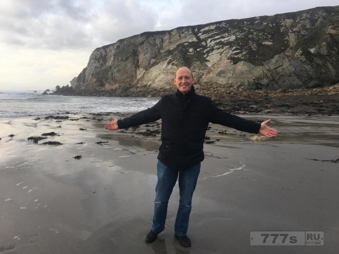 Ирландский пляж, который смыло штормом 12 лет назад возродился за одну ночь.