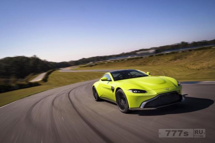 Aston Martin показал новый автомобиль Vantage стоимостью 121 000 фунтов стерлингов развивающий скорость 195 миль в час