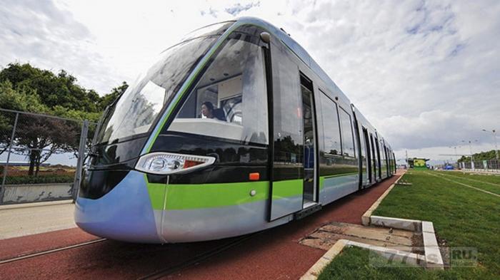 Модель трамвая на топливе из водорода