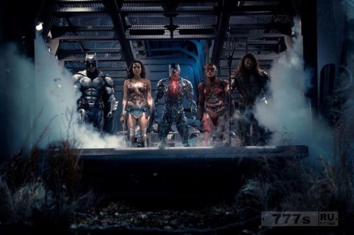 «Лига Справедливости» на пути к тому чтобы потерять для Warner Bros. от 50 до 100 миллионов долларов.