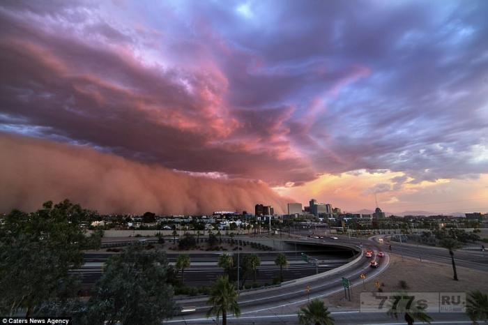 «Охотник за грозами» делает невероятные фотографии гроз и штормов по всему Западу.