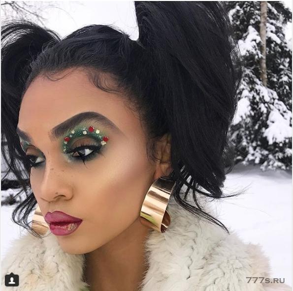 Сделайте рождественское украшение на свои глаза