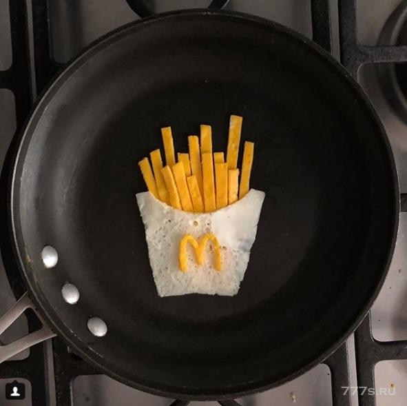 Художник превращает яйца на завтрак в самую захватывающую выставку сковородочного искусства