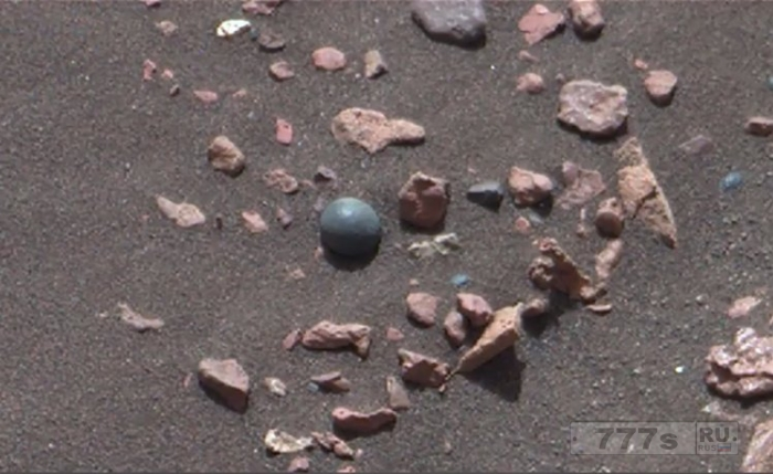 Металлическое ядро, была замечено на Марсе, а это «100-процентное доказательство древней войны».