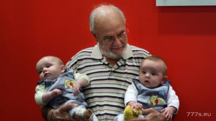 Донору удалось спасти больше двух миллионов детей