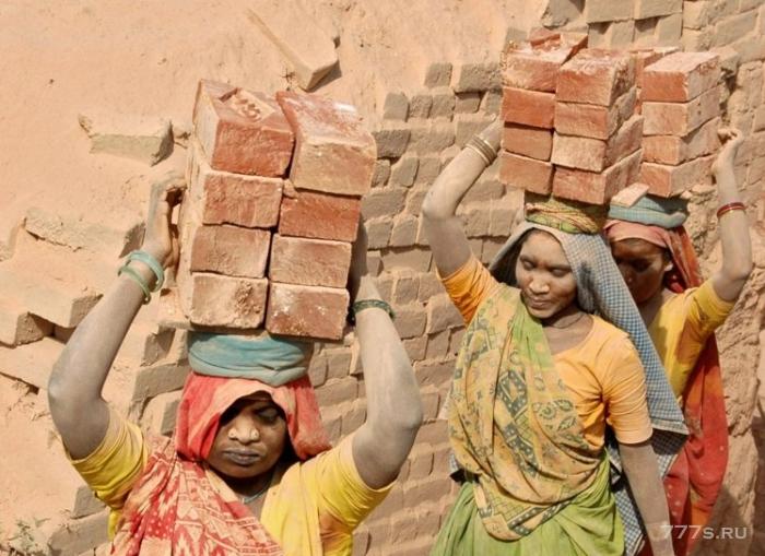 Миллионы людей по-прежнему используются в Индии как рабы