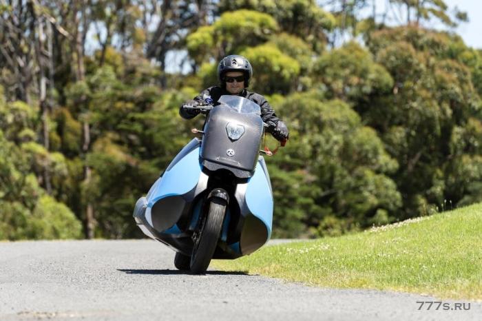 Удивительный скутер, который превращается в JET SKI на скорости 37 миль в час, как в фильме про Джеймса Бонда