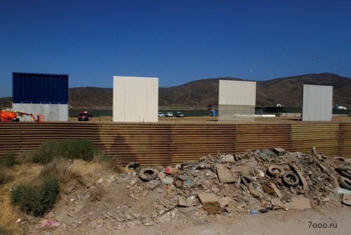 Высота пограничной стены Трампа в Мексике делает почти невозможным перебраться через неё