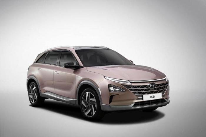 Hyundai показала новый Santa Fe умный внедорожник, предупреждающий вас, если вы оставили детей или домашних животных в машине