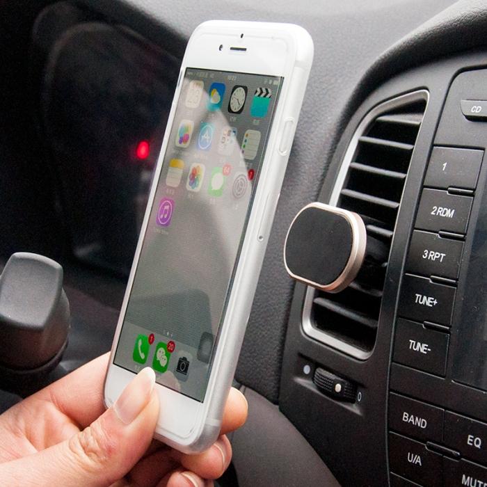 Держатели для айфона в машину