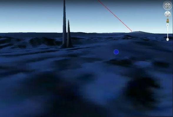 Гигантская подводное строение «инопланетян», которая сравнима с пирамидами Египта, была «замечена» на Google Earth