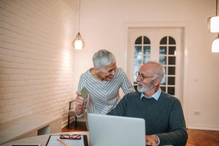 Представителей Поколения Z чаще попадают на мошенников в онлайне, чем их бабушки и дедушки