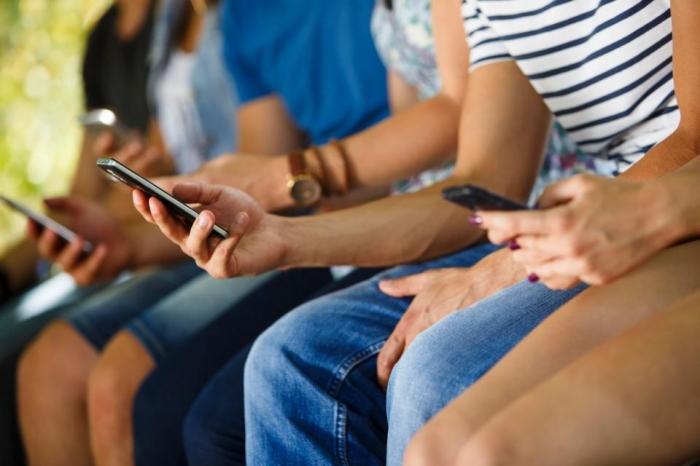 «Время нахождения детей в социальных сетях» должно не превышать двух часов в сутки для улучшения их психического здоровья