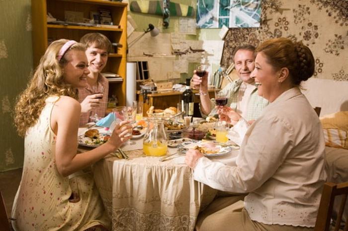 Как вести себя при знакомстве с родителями девушки