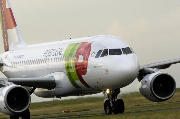 Пьяный пилот бросил 100 пассажиров, оказавшихся в Германии