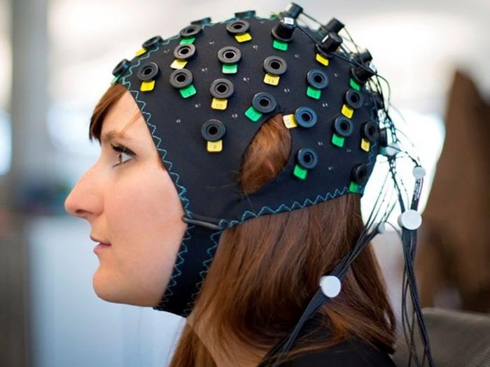 Машина для чтения мыслей теперь может написать ваши мысли сразу, интерпретируя деятельность мозга
