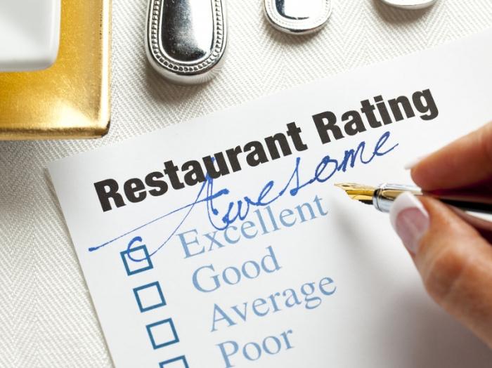 Женщина поставила ресторану только одну звезду, потому что не получила бесплатную еду